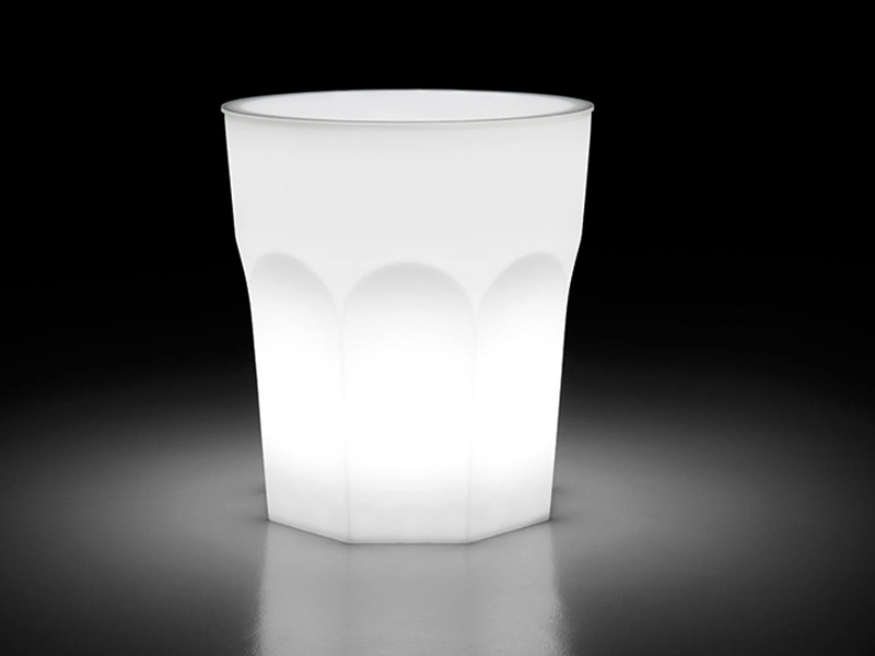 CUBALIBRE-Table-Light-2_design-Giulio-Iacchetti_High-1