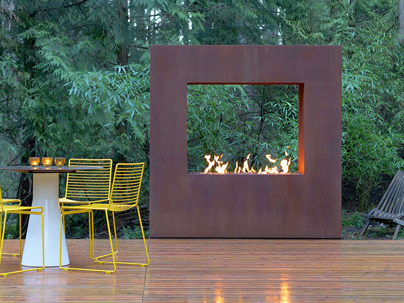 Kodo-Modern-Outdoor-Fireplace